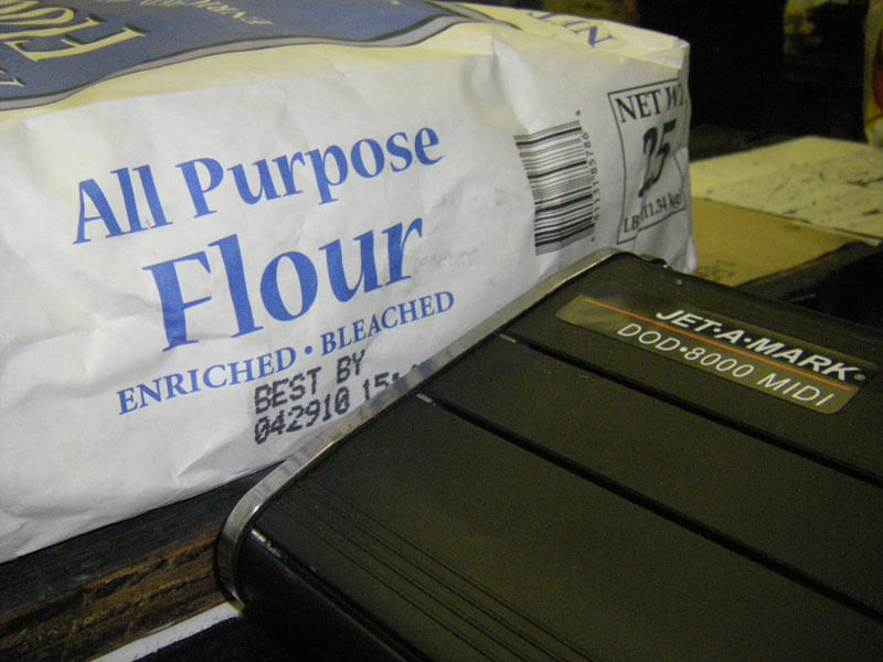 drop-on-demand inkjet marking system printing mark and code on all purpose flour paper bag